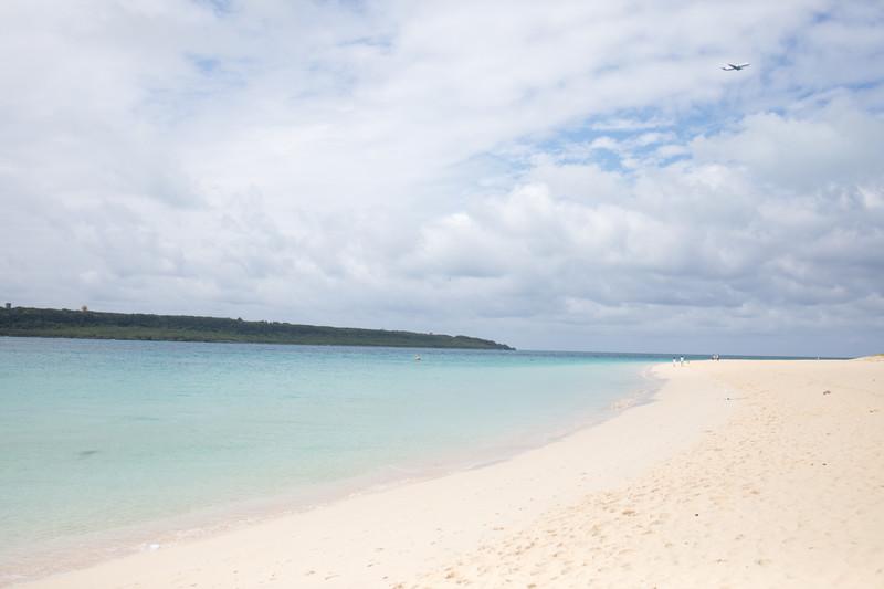 沖縄セルラー電話の年収と待遇